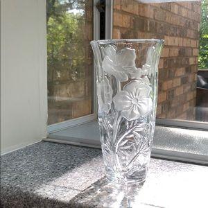 Beautiful glass flower 🌸 vase